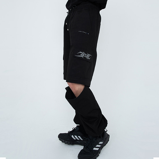 [셋업:SETUP-EXE] Zip cut-off Pants - Black