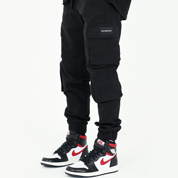 [오버도스:OHVERDOSE] MULTI CARGO PATCH LOGO JOGGER PANTS