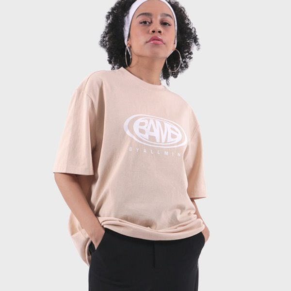 [바이얼민스:BYALLMINS] Signature logo over-fit TEE (BEIGE)
