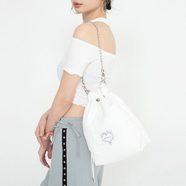 [셋업이엑스이:SETUP-EXE] Ball chain bucket Bag - white