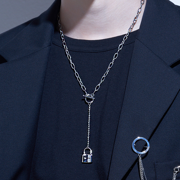 [하와:HAWHA] Long Drop Lock Necklace